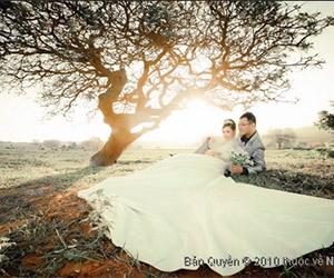 Chụp hình cưới ngoại cảnh giản dị và ý nghĩa
