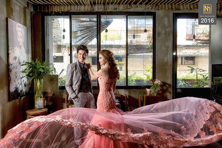 Hình cưới đẹp phim trường Sài Gòn