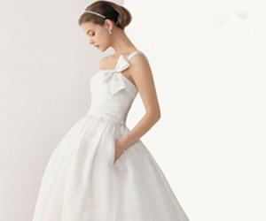 Áo cưới có túi tiện lợi