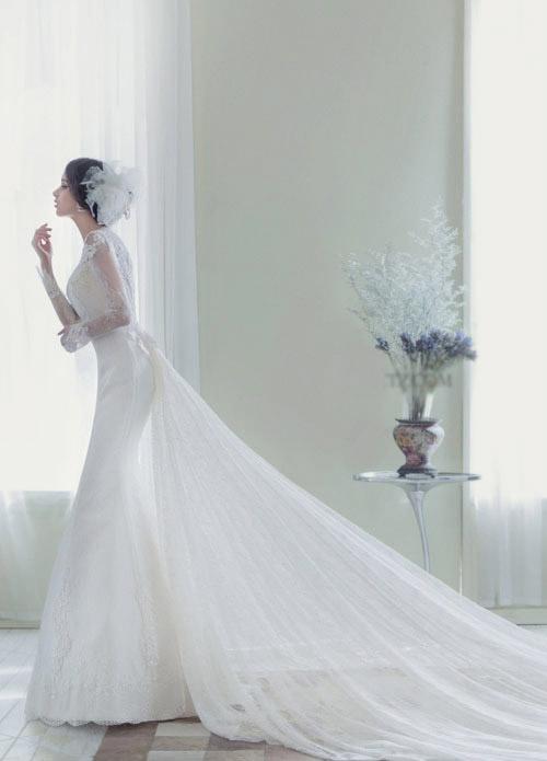 Áo cưới đơn giản nhưng cực sang trọng