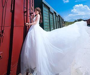 Những chiếc váy cưới đang dẫn đầu xu hướng hiện nay
