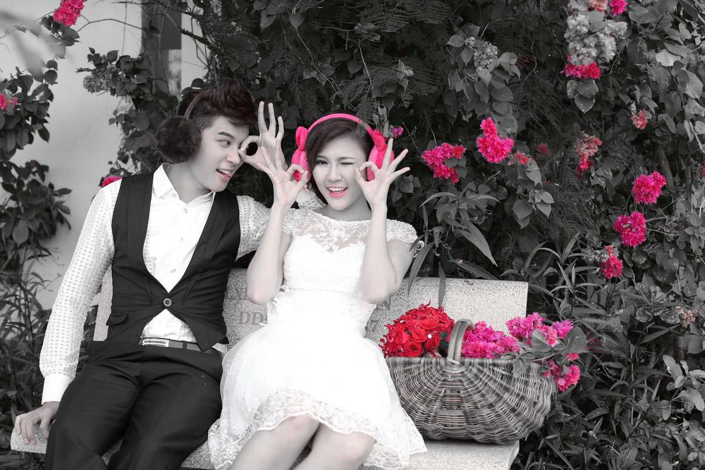 Chụp hình cưới trắng đen cổ điển
