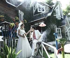 Chụp hình cưới Quán Cafe