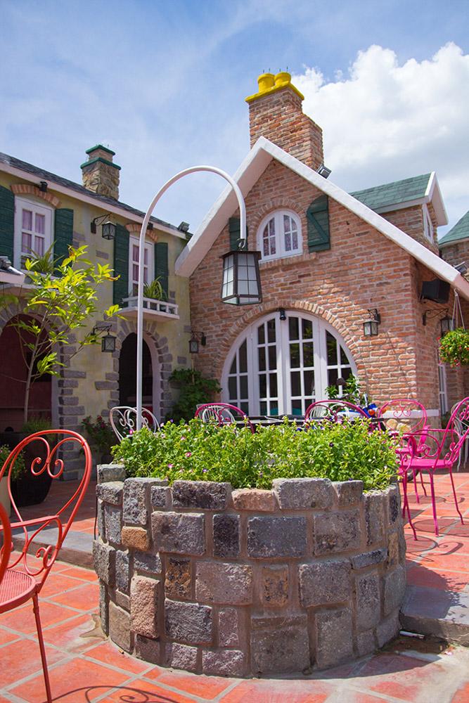 City House: Quán cafe chụp ảnh cưới đẹp