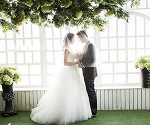 Đăng ký liền tay - Nhận ngay áo cưới