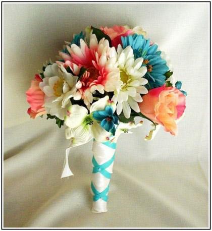 Điểm cộng của hoa cưới bằng lụa