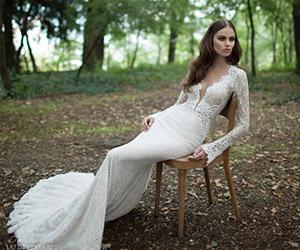 Mẫu áo cưới cực gợi cảm
