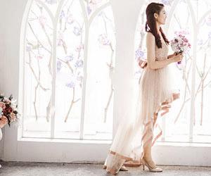 Mẫu áo cưới mùa thu đẹp mê hồn