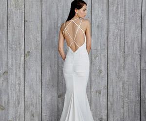 Mốt áo cưới 2015 hứa hẹn sẽ gây sốt