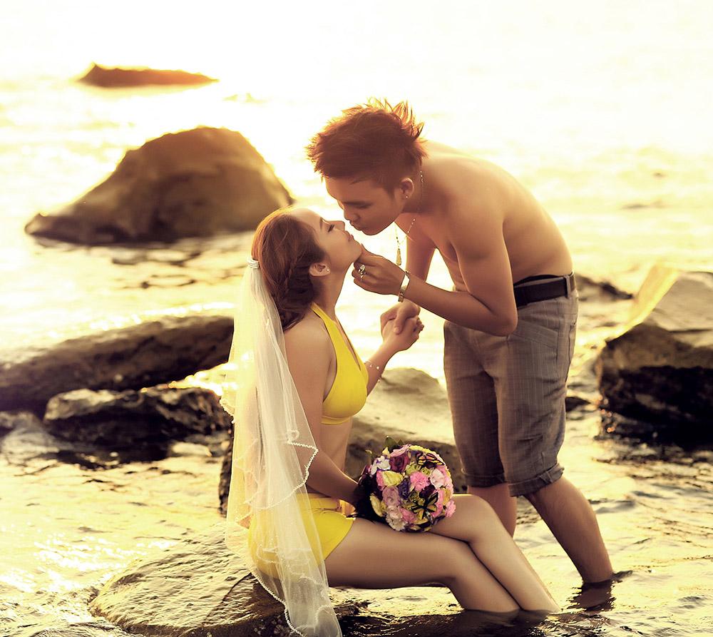 Mốt chụp hình cưới với bikini