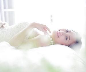 Người đẹp Hoa Anh Đào trong bộ ảnh cưới lãng mạn