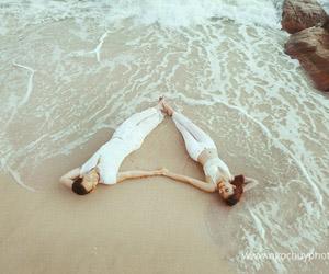 Những kiểu ảnh phải có trong album cưới biển