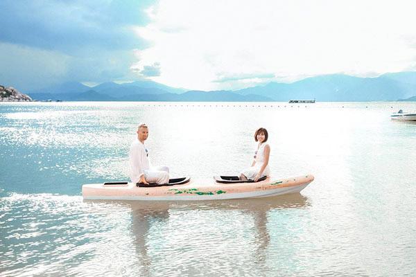 Rộng lòng đón gió cùng album cưới Bình Lập