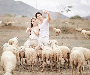 Siêu mẫu Quang Hòa khoe ảnh cưới ngọt ngào