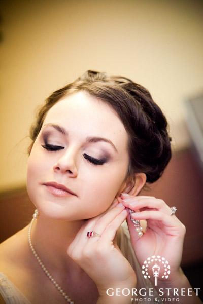 Trang điểm cô dâu mặt tròn
