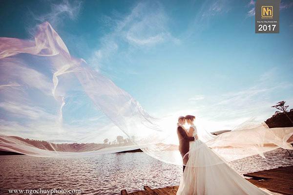 Ý tưởng chụp hình cưới tự nhiên cho những người ghét chụp ảnh