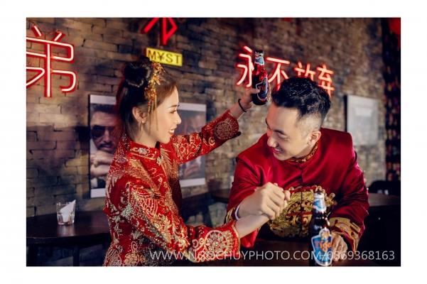 Album ảnh cưới phong cách áo khỏa Trung Hoa
