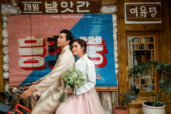 Chụp ảnh cưới  trang phục Hàn Quốc đẹp
