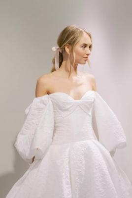 Xu hướng váy cưới hot nhất năm 2020